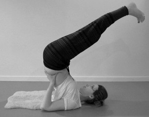 yoga oefening halve kaars