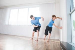 patiënt en kinesist bij het intelligent motion rugprogramma